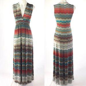 Veronica M Sleeveless maxi Dress